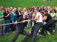 Sügispiknikul võisteldakse traditsiooniliselt köieveos. Foto: Mari-Liis Kullamaa.